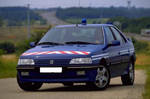 http://405t16.free.fr/images/gendarmerie/PEUGEOT%20405%20MI16%20%281995%29%205.JPG